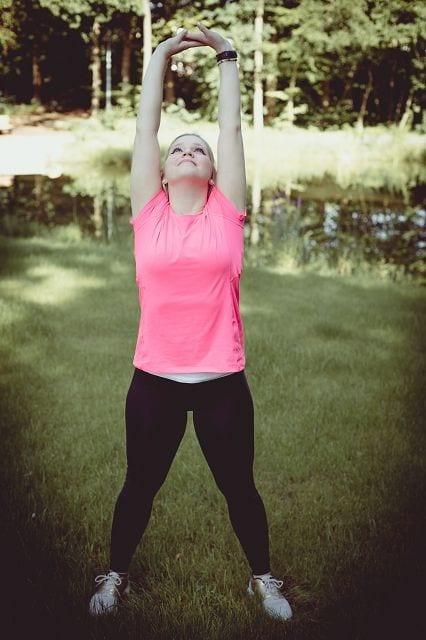Bei der Pyhsiotherapie geht darum gezielt bestimmte Muskelgruppen zu kräftigen und die Beweglichkeit der Wirbelsäule aufrechtzuerhalten. Im speziellen wird