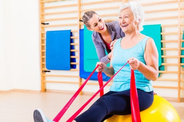Die Ergotherapie verfolgt einen ganzheitlichen Ansatz, welcher das Ziel fokussiert dem Patienten die größtmögliche Selbstständigkeit im Alltag und Berufsleben zurückzugeben.