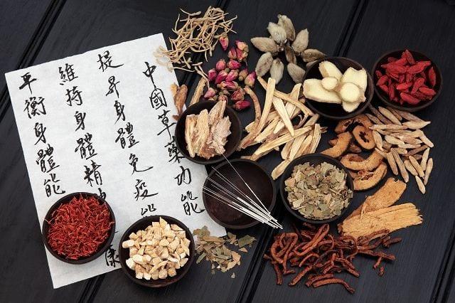Die chinesische Arzneimitteltherapie wird hauptsächlich bei grippalen Infekten, Erkrankungen der Atemwege sowie Infektionskrankheiten eingesetzt.