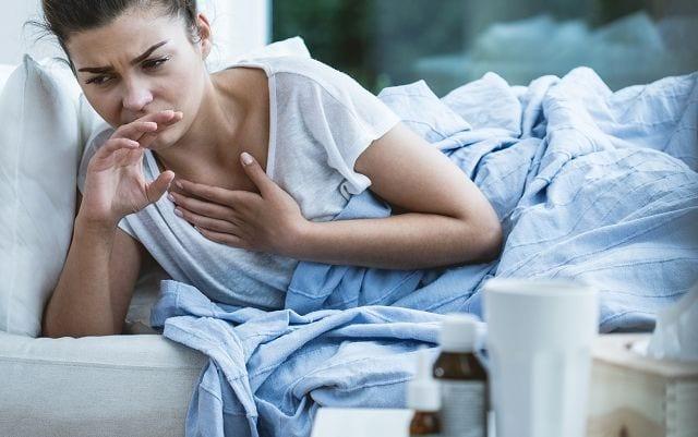 Dauerhafter Stress erhöht das Risiko verschiedener Erkrankungen. Dazu gehören neben physischen Erkrankungen wie z.B. Infektionen auch psychische wie Depressionen.