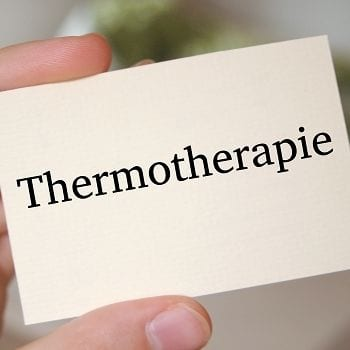 Die eingesetzte Wärme bei der Thermotherapie fördert eine tiefe Entspannung der Muskulatur und unterbindet die Signale der nervalen Rezeptoren an das Gehirn. Ein weiterer Effekt ist die Stressreduktion.