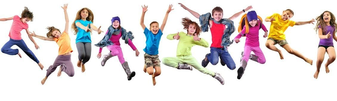 Titelbild des Artikels über Rückenschmerzen bei Kindern.