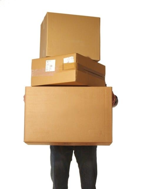 Das Be- und Entladen ist einer der Hauptgründe für Bandscheibenvorfälle für Berufsgruppen der Logistik.