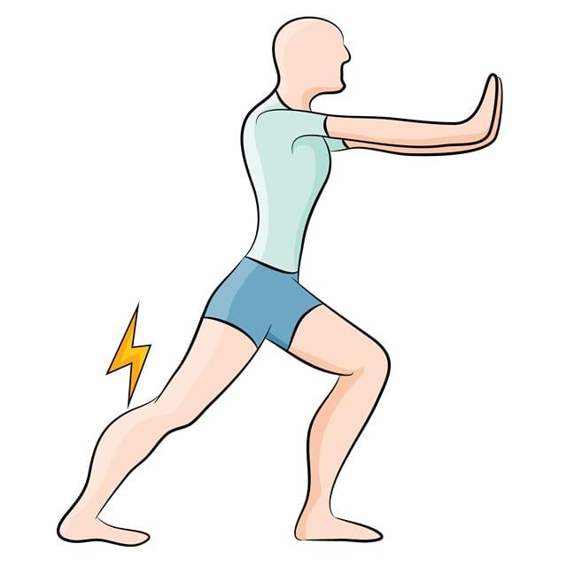 Dehnübungen bei handwerklichen Berufen helfen die Muskulatur wieder zu entspannen.