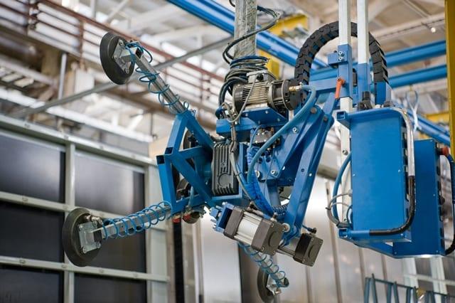 Als Manipulator wird ein technisches Gerät bezeichnet mit dem man schwere Lasten bewegen kann.